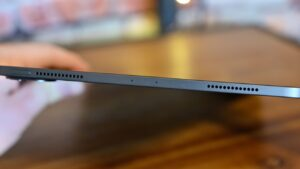 Apple iPad Pro 11 2020 Speaker